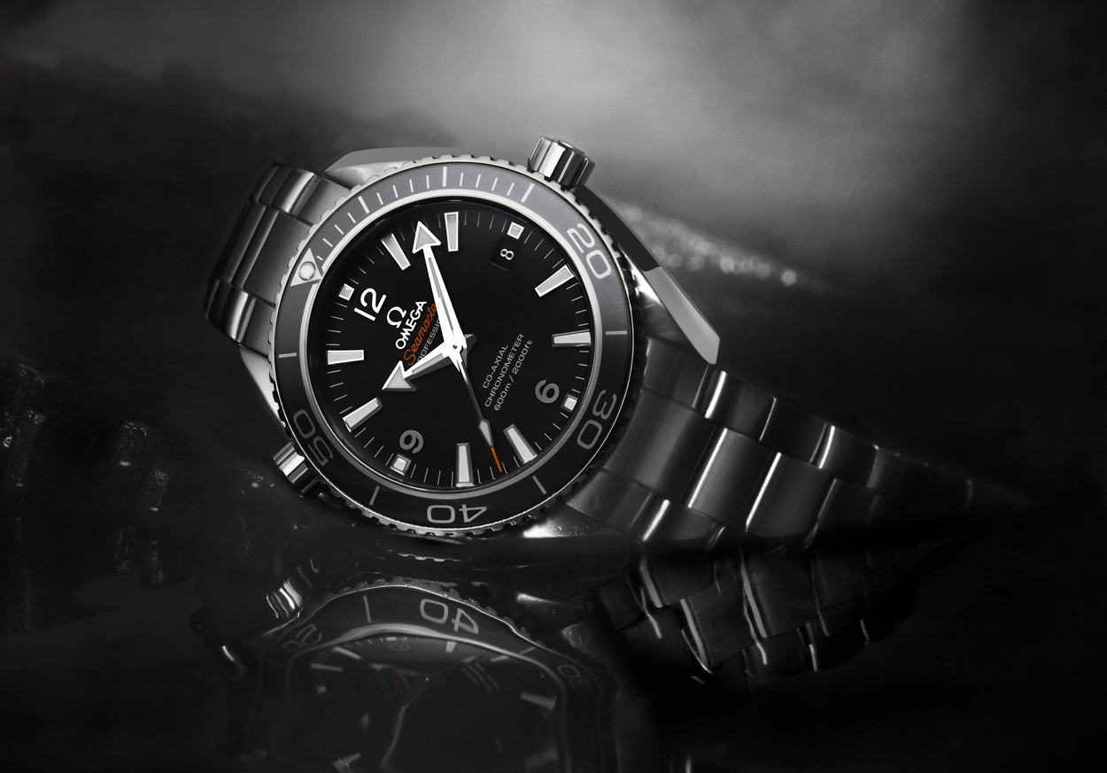 Vuestro favorito del día - Página 11 42m-Omega-Planet-Ocean-600M-For-Men-Ensuring-the-Skyfalls-Not