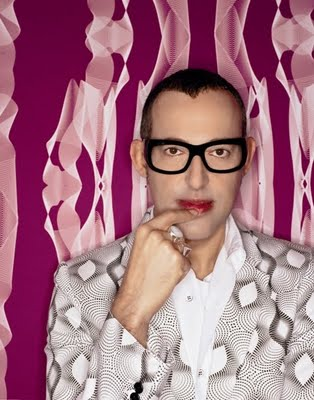 Industrial Designer Karim Rashid is known for his striking motifs and eye catching installation pieces