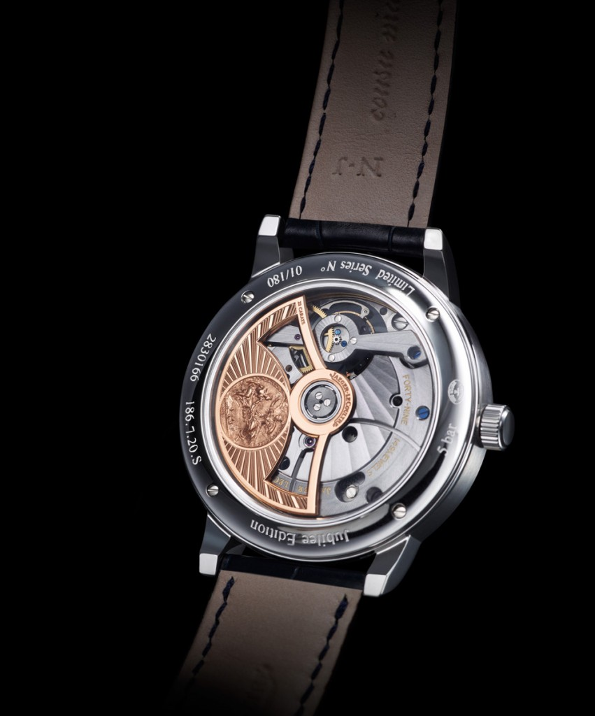 Fully wound, the Calibre 985 runs on a 48 hour power reserve, contains 431 parts and is 8.15mm thin. It runs at a relatively high beat of 28,800 vph.