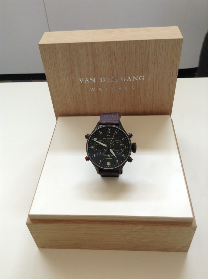 Van der Gang Vlieger with DLC-coated stainless case, crown and pushers