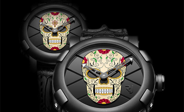 A subdued PVD case offers center stage to the colorful skull