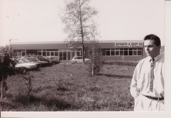 Dominique Renaud in front of Renaud & Papi's new location at Locle, 1990