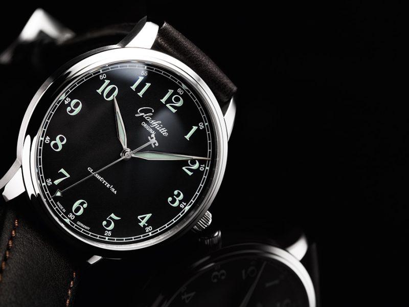1-36-59-03-02-01_Senator-Automatic_ST_Dial-black_CS_PR2_25cm