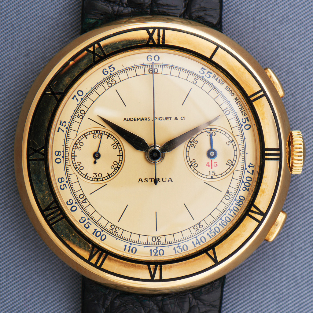 Astrua (1933) - Yellow-Gold Chronograph
