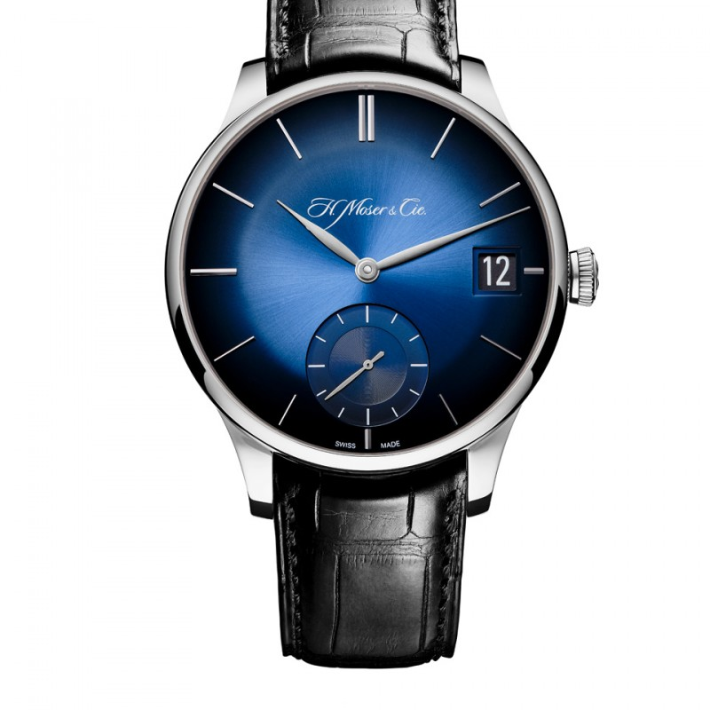 h-moser-venturer-big-date-blue-fume-white-gold-packshot