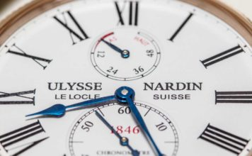 Close-up of the Ulysse-Nardin Chronometer Torpilleur's dial (in rose gold)