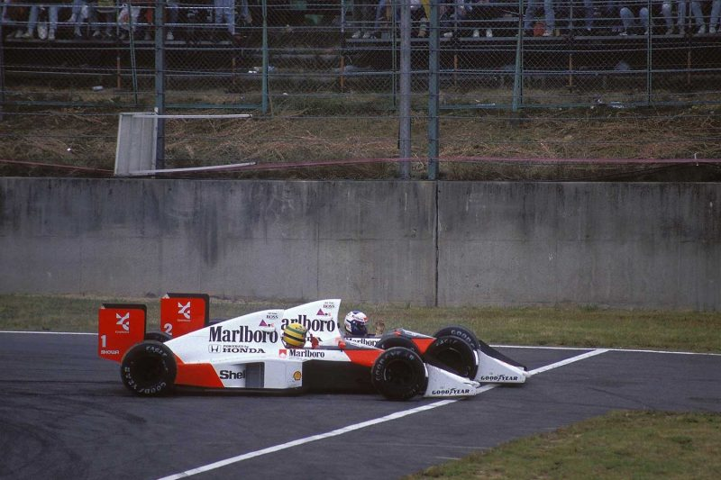Senna and Prost at 1989's Suzuka race