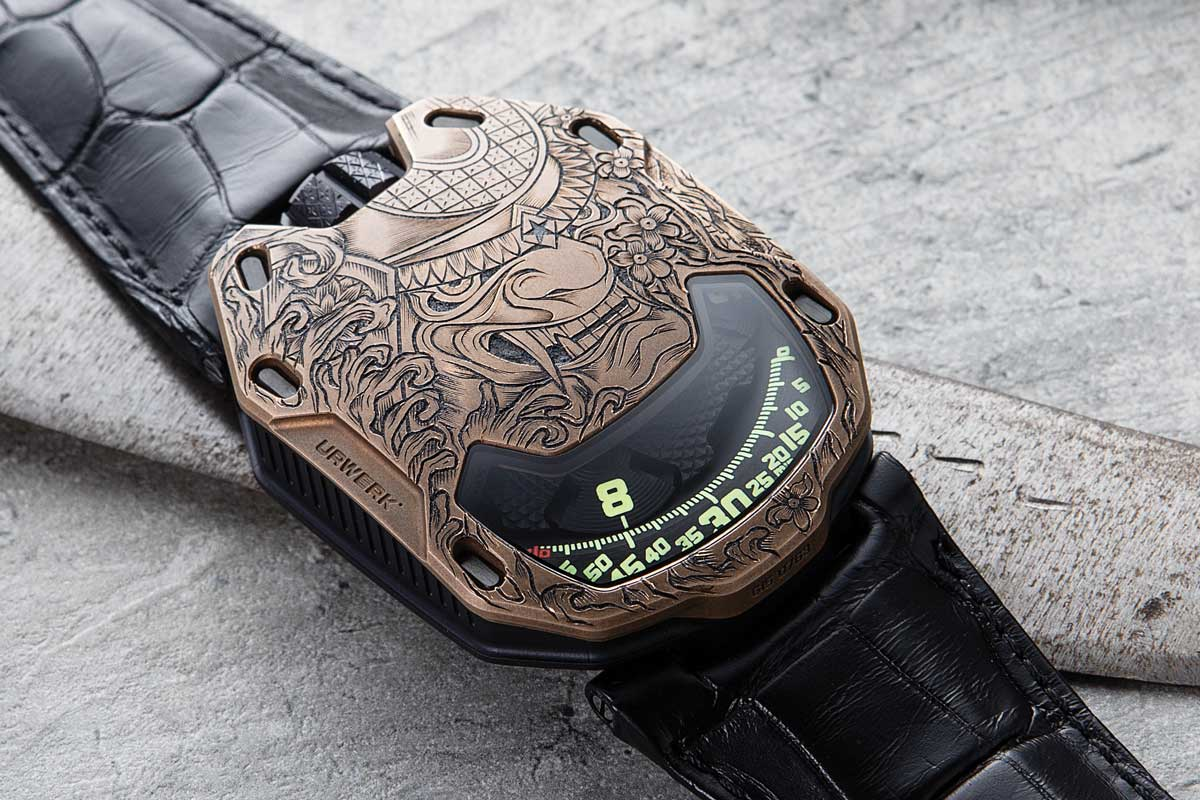 URWERK x Revolution UR 105 Bronze Samurai (Image © Revolution)