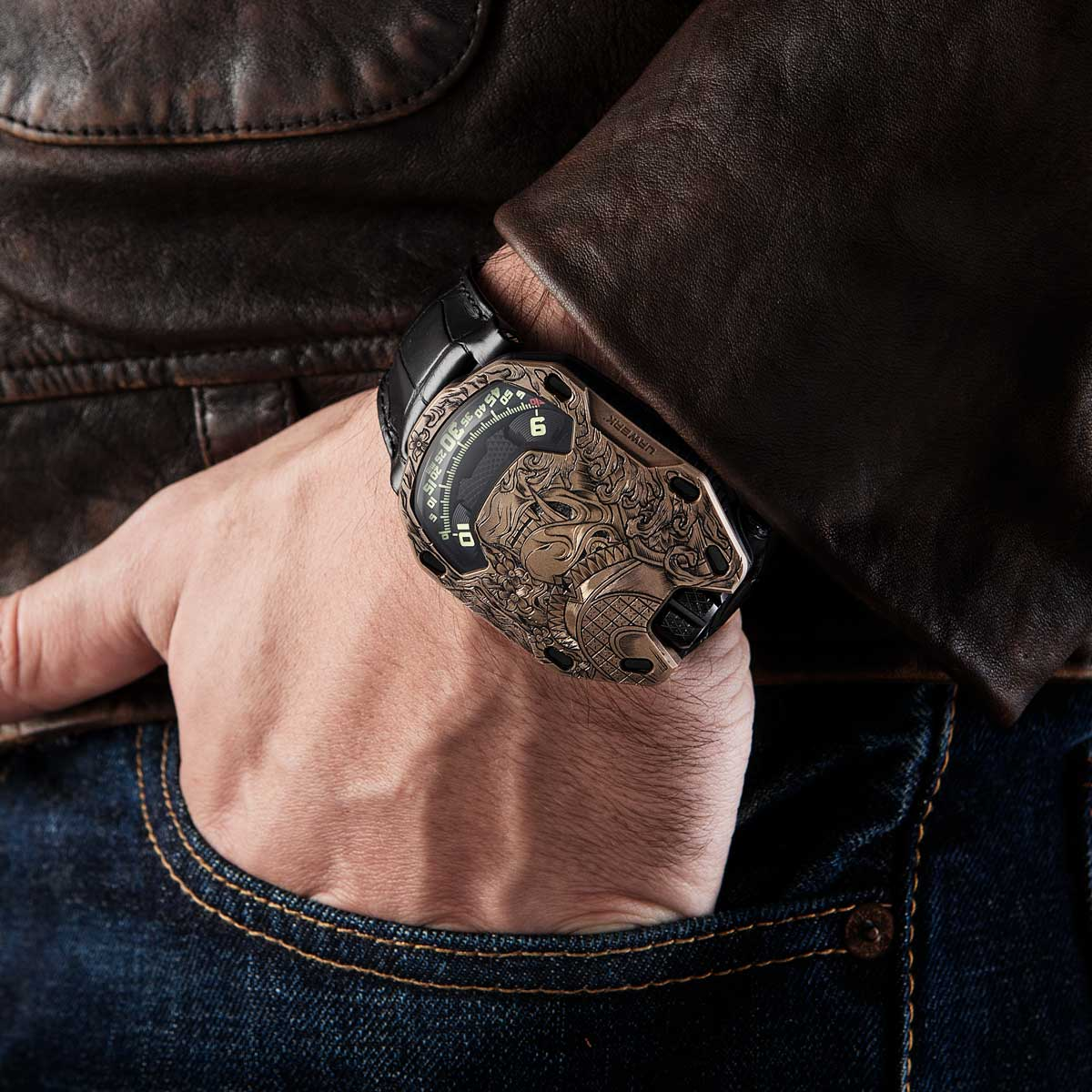 The URWERK x Revolution UR 105 Bronze Samurai on the wrist (Image © Revolution)
