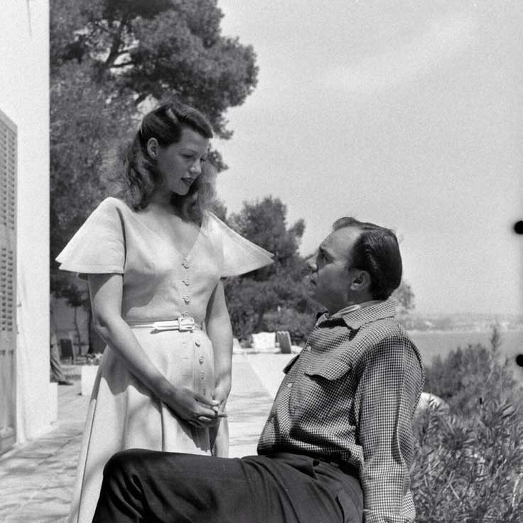 Aly Khan photographed with American actress and singer, Rita Hayworth, circa 1949