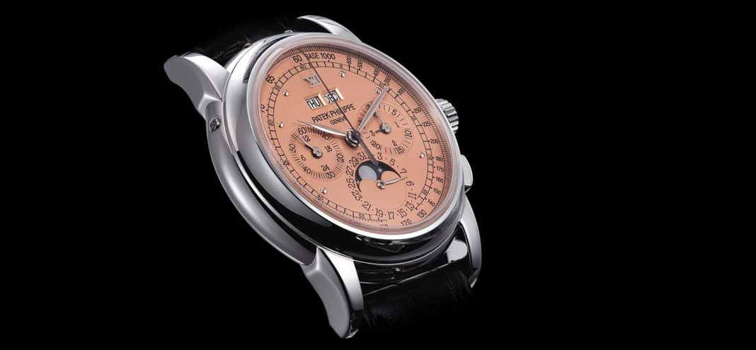 """The salmon-dial """"end-of-series"""" Patek Philippe ref. 5970 perpetual calendar chronograph sold in May 2014 by Christie's for approximately USD 400,000 (Image: christies.com)"""