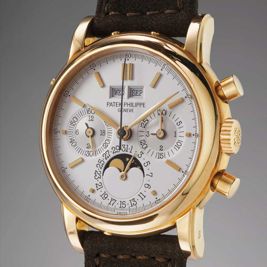 The Patek Philippe ref. 3970 perpetual calendar chronograph in 18, yellow gold. This particular instance was sold by Phillips Watches at their Geneva Auction: FIVE in November of 2017 for CHF 77,500 (Image: phillipswatches.com)