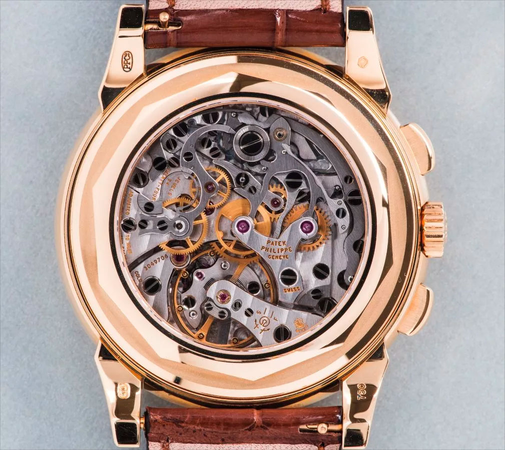 The Lemania 2310, CH 27 or CH 27-70 Q, inside of a Patek Philippe 5970 perpetual calendar chronograph in yellow gold (Image: phillipswatches.com)