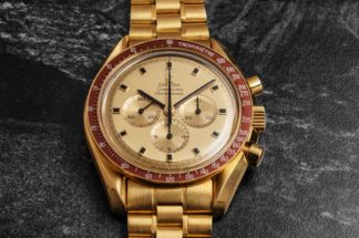 1969 Yellow Gold Omega Speedmaster Tribute to Apollo XI Reference ref. BA 145.022 (© Revolution)
