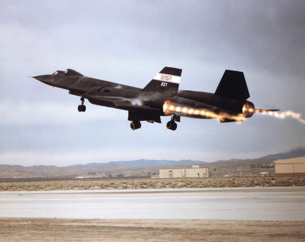 NASA crews flew four Lockheed SR-71 airplanes during the 1990s. Two were used for research and two to support Air Force reactivation of the SR-71 for reconnaissance missions (Image: NASA.gov)