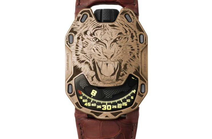 The URWERK x Revolution UR-105 Bronze Tiger (© Revolution)