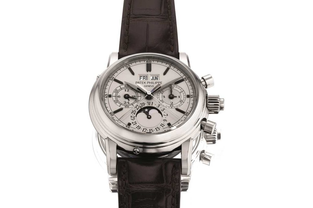 Lot 888 at the HKWA7, a stainless-steel Patek Philippe Ref. 5004A-001, sold for US$549,54 with buyer's premium