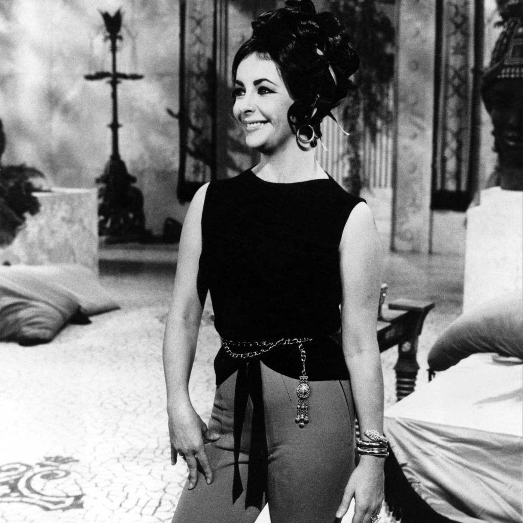 Elizabeth Taylor wearing a Bulgari's Serpenti watch