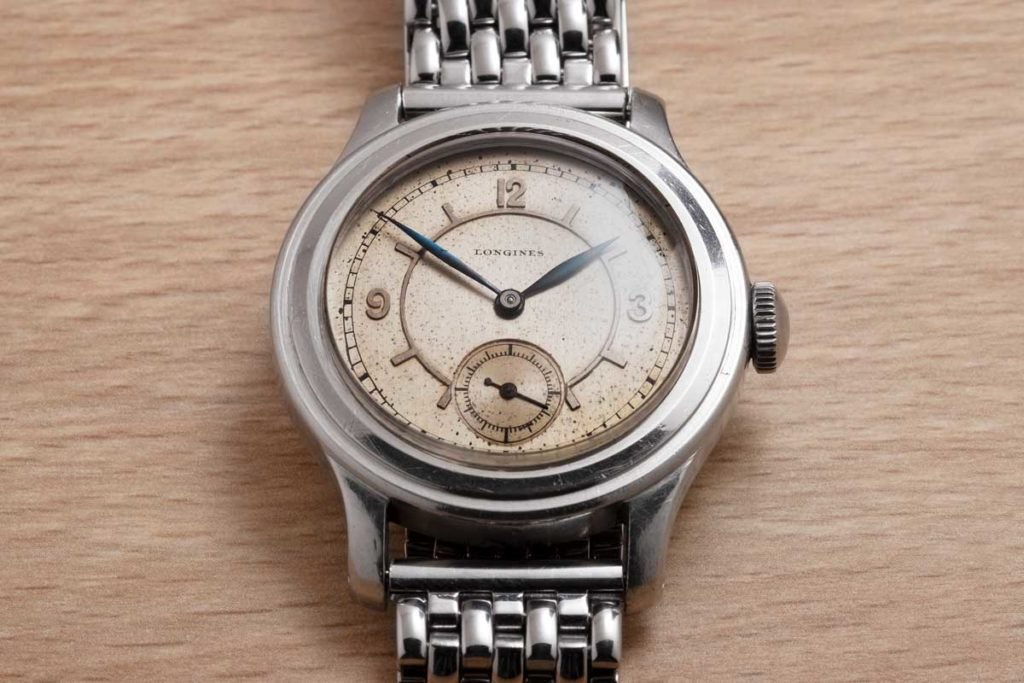 Longines 35mm sei tacche, with a rare 3d sector dial (Image © Revolution)