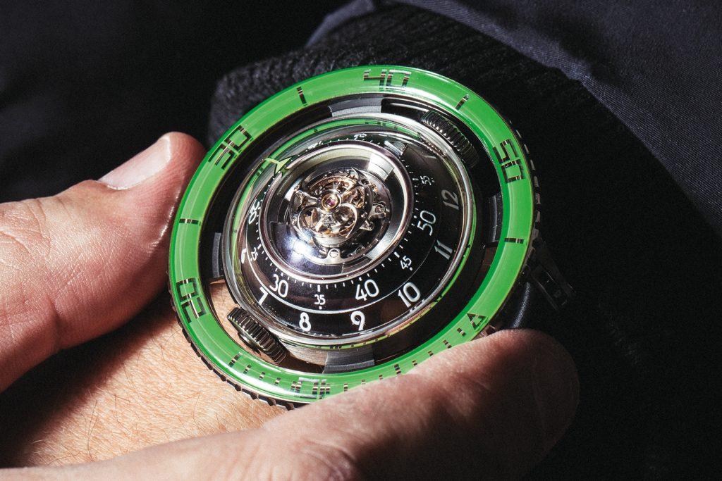 HM7 Aquapod Titanium Green