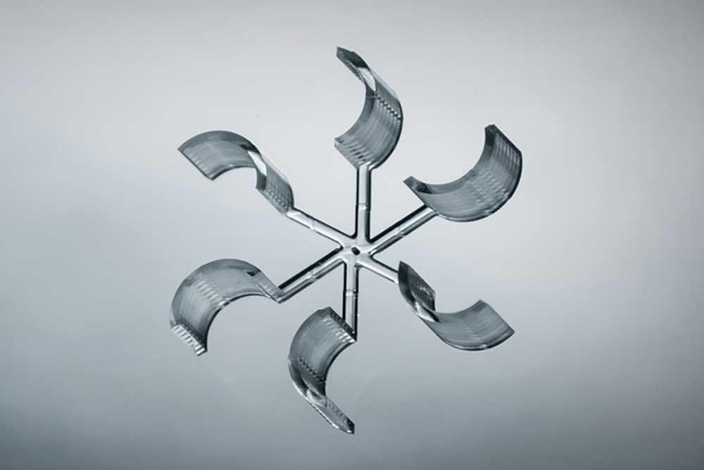 Mechanical Nano propulsion wheel driven by air turbulence