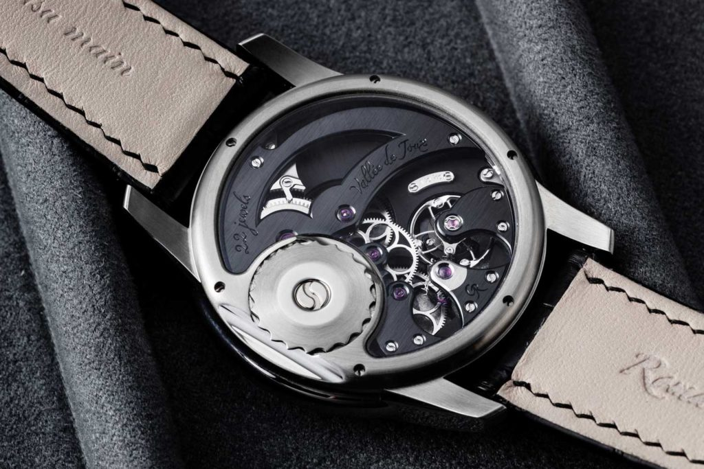 Romain Gauthier Launches its First Steel Series Watch (Image © Revolution)