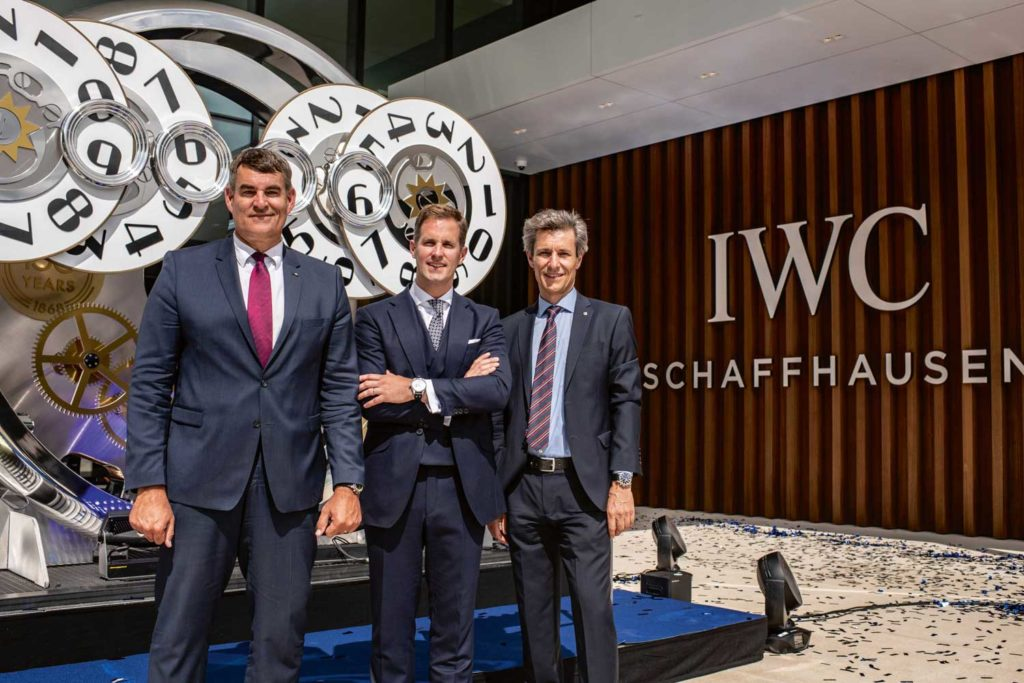 Mayor of Schaffhausen Peter Neukomm, and district president Christian Amsler, with Christoph Grainger-Herr at the inauguration of the new manufacture