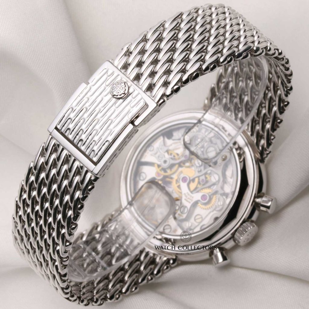 Ref. 3970 with case and integrated bracelet in white gold (images: WatchCollectors.co.uk)