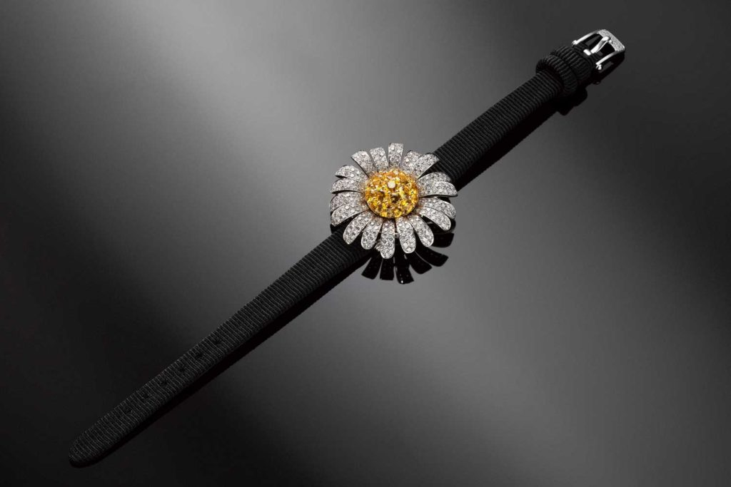 Van Cleef & Arpels Marguerite secret watch closed (Image © Revolution)