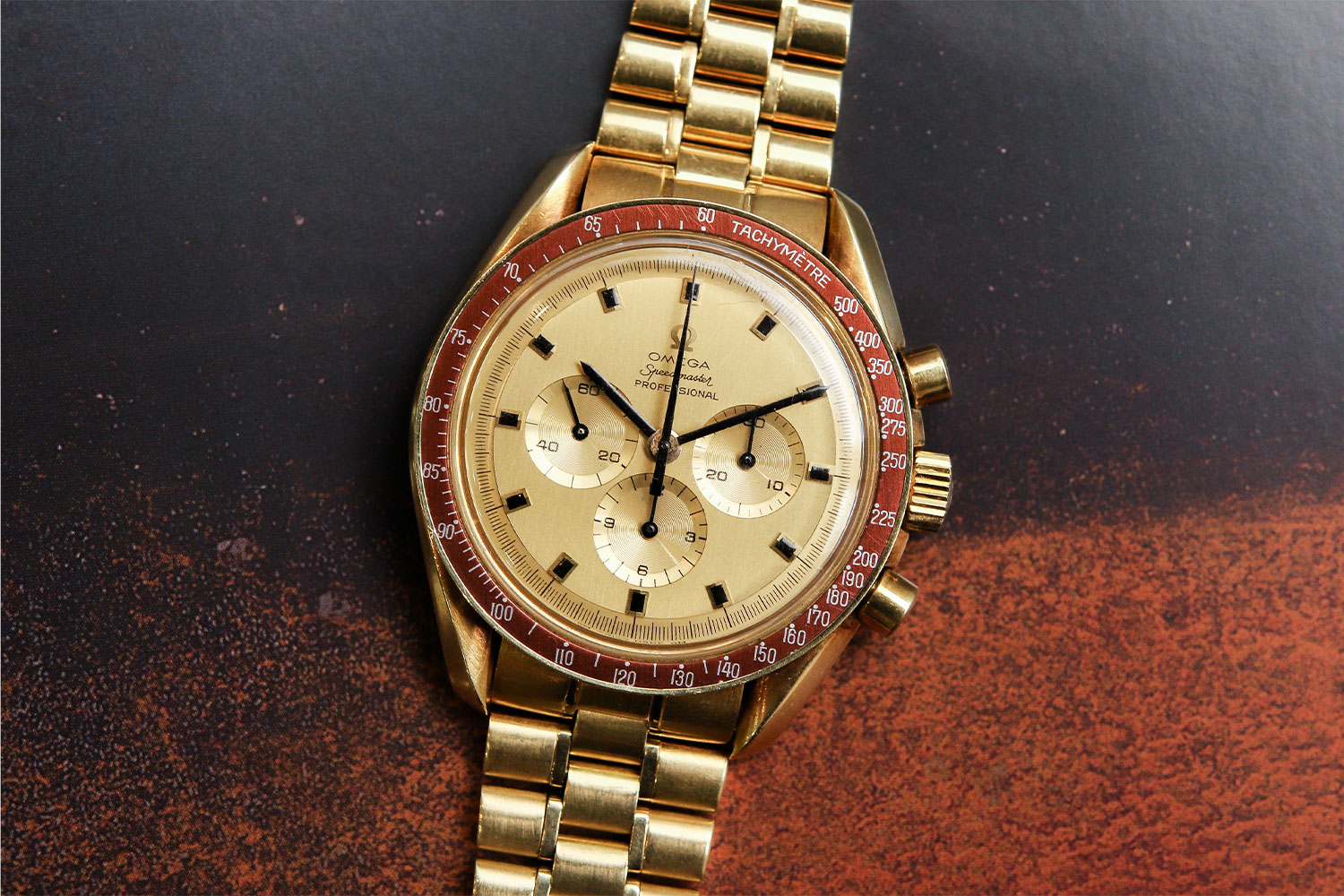 Lot 818 – 1969 Omega Speedmaster Apollo XI ref. 145.022B
