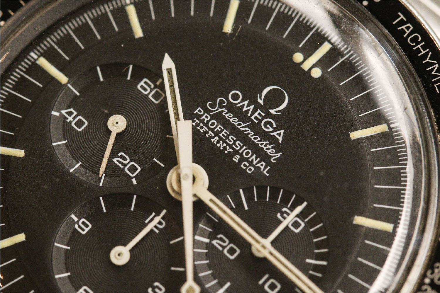Lot 817 – Omega Speedmaster ref. 145.022 with Tiffany dia