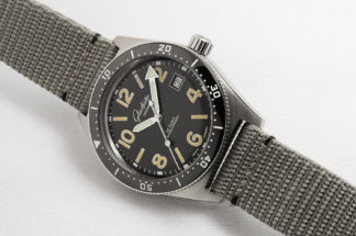 The SeaQ 1969 is a historically accurate revisit of the first Glashütte Original diving watch, and limited to 69 pieces.
