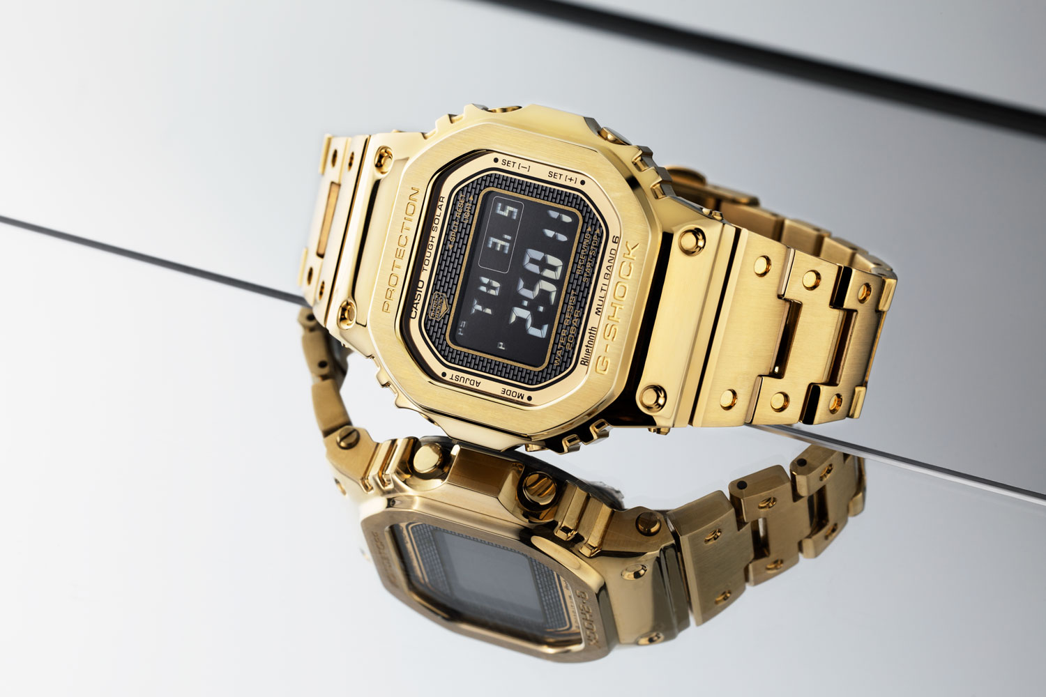 The IP coated gold G-Shock Full Metal 5000 (Image © Revolution)