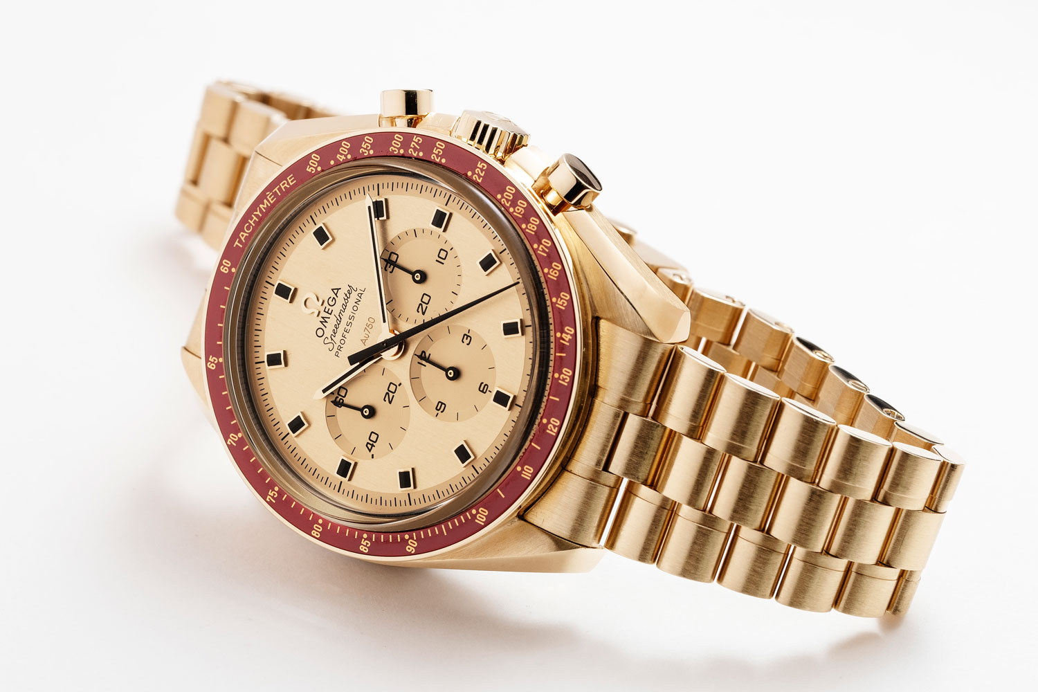 Speedmaster Apollo 11 50th Anniversary Limited Edition in Moonshine™ Gold (Image © Revolution)