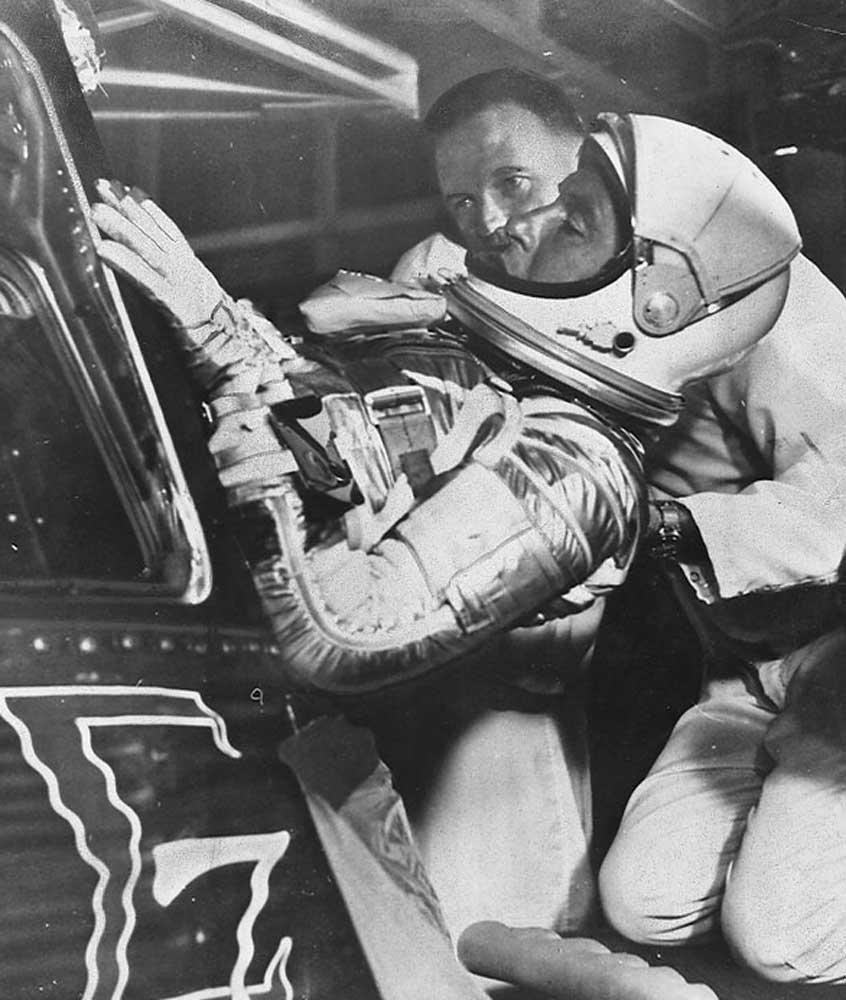 Walter M. Schirra Jr. entering the Sigma 7 spacecraft, 1962 (Photo: NASA)