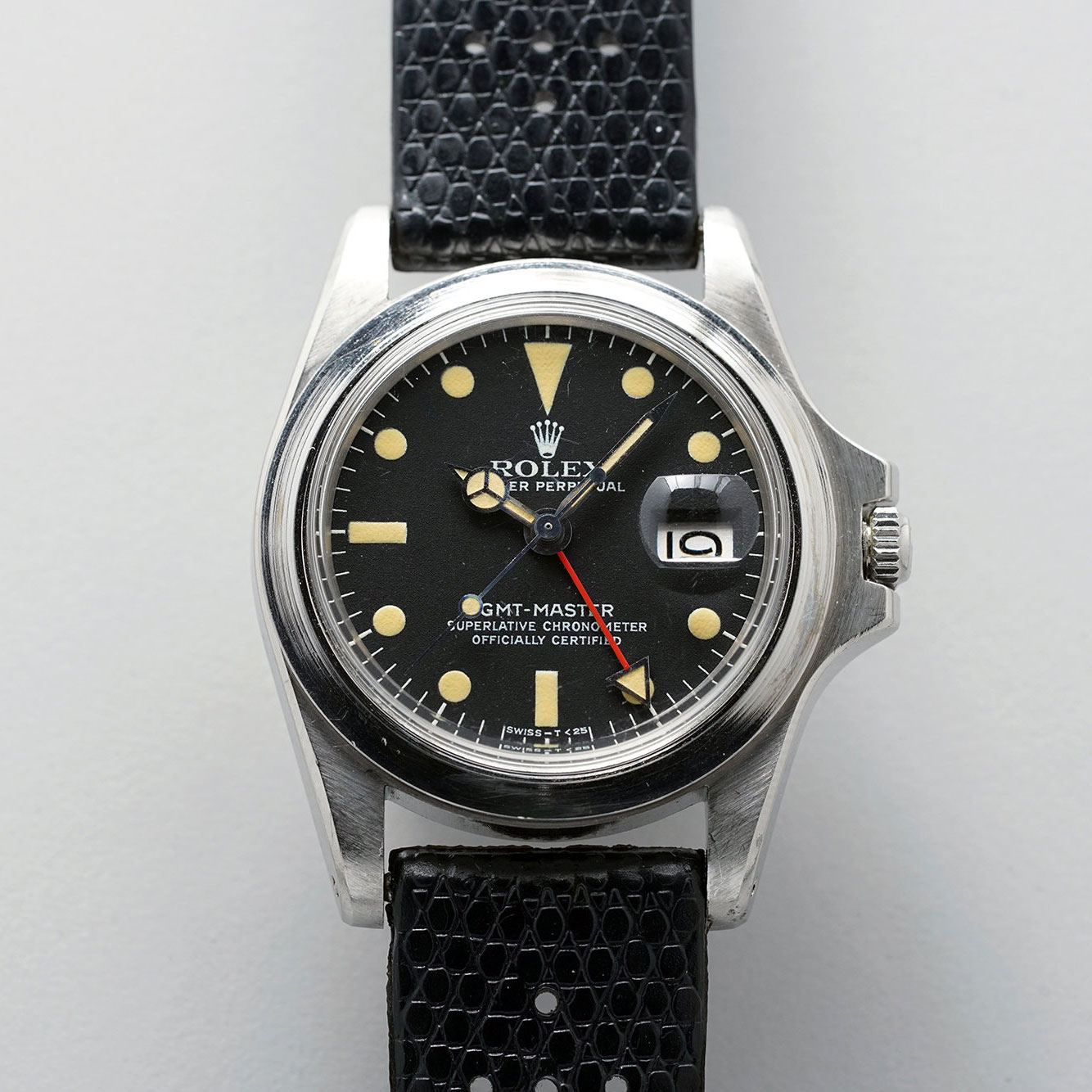 The dial-side of Marlon Brando's Rolex GMT-Master 1675 from 'Apocalypse Now' (Image: phillips.com/watches)