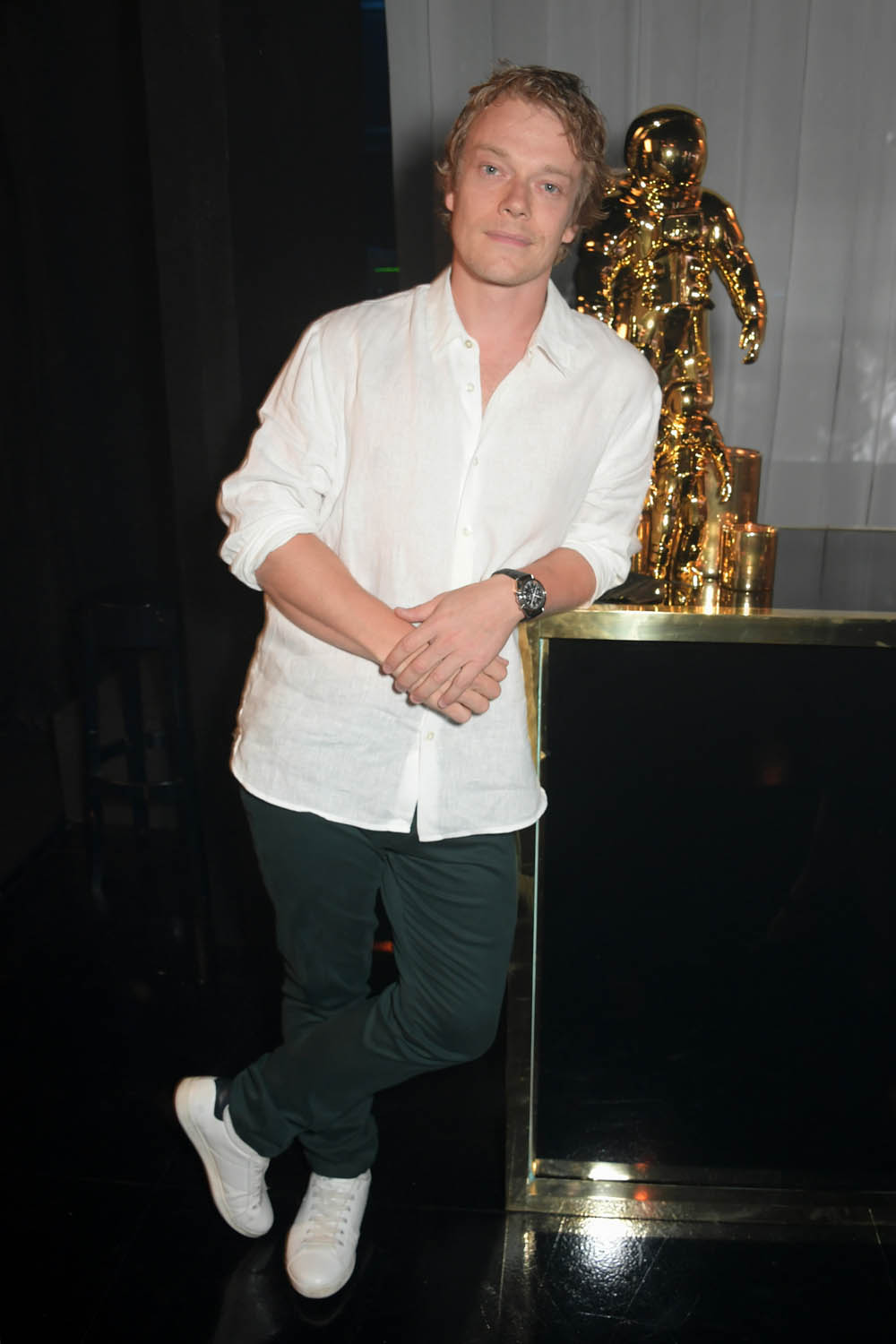 LONDON, ENGLAND - JULY 11: Alfie Allen attends an OMEGA dinner celebrating the 50th anniversary of the Moon Landing at Television Centre on July 11, 2019 in London, England. (Photo by David M. Benett/Dave Benett/Getty Images for OMEGA)