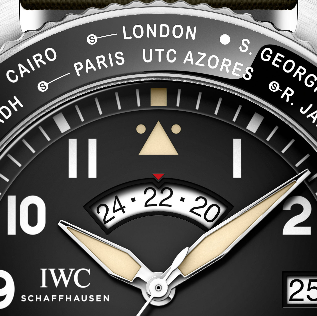 Lining up the city of interest at 12 o'clock using the bezel synchronizes the time, 24-hour indicator and the date