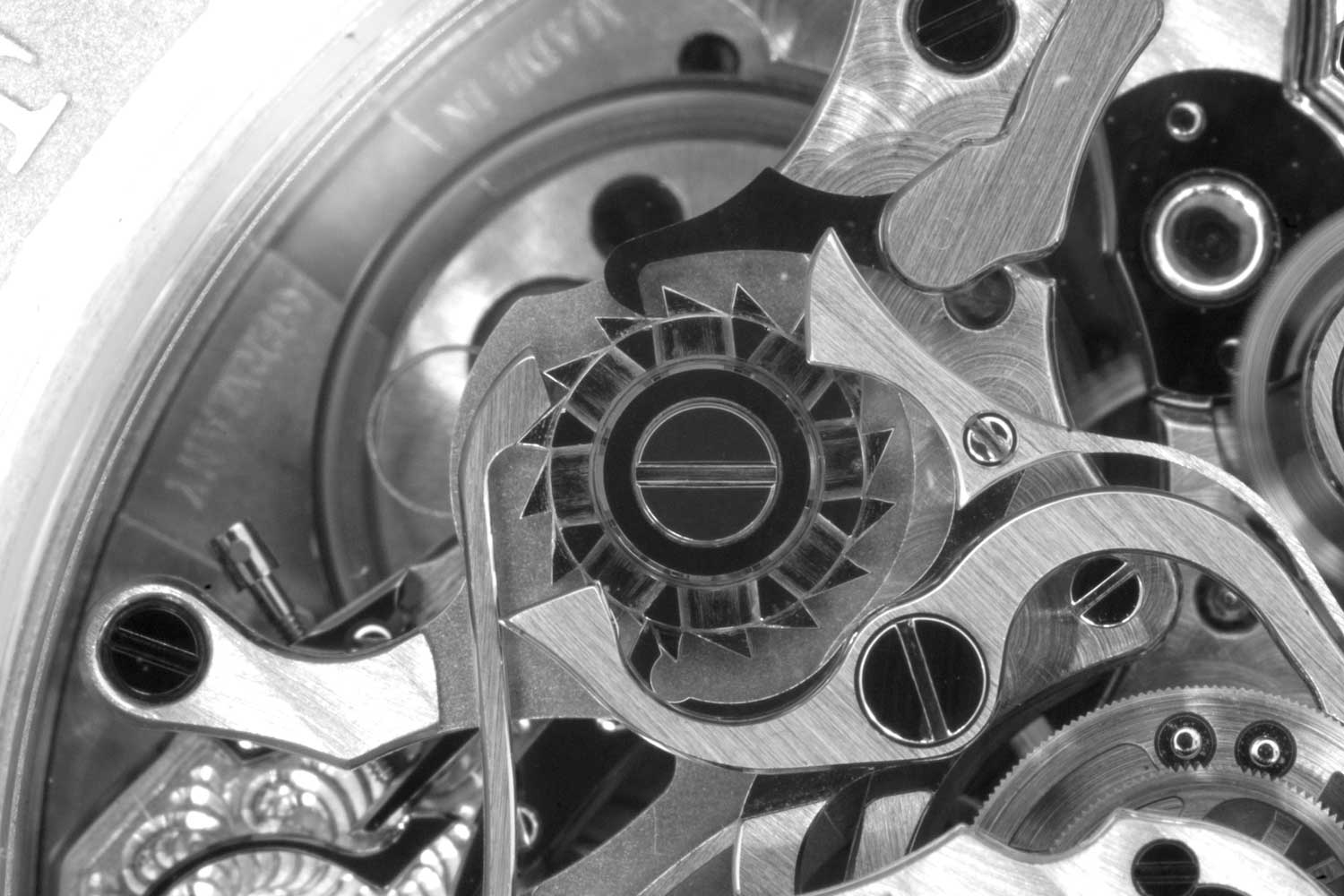 A feast for the eyes of horology buffs: the movement of the Double Split Chronograph exhibits peerless craftsmanship