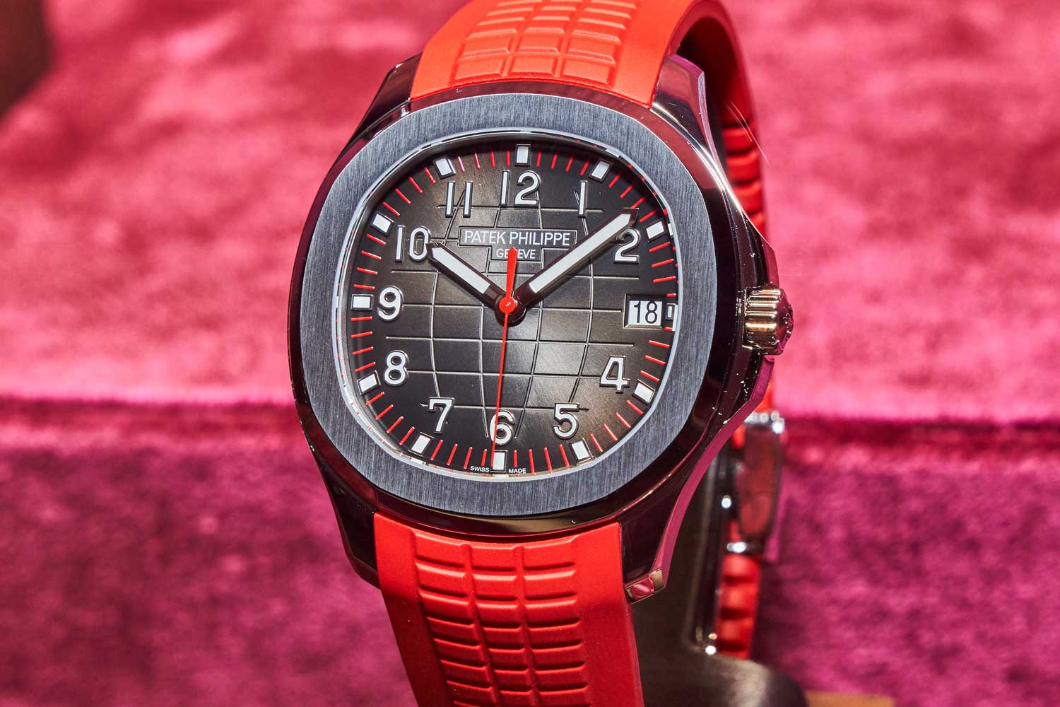 Ref. 5167 – Aquanaut Singapore 2019 Special Edition. Limited to 500 pieces.