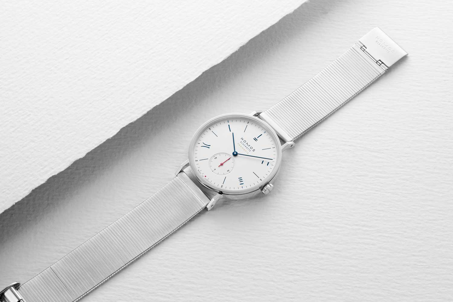 Nomos Red Dot (Silver) 2019 for The Hour Glass' 40th Anniversary (Image © Revolution)