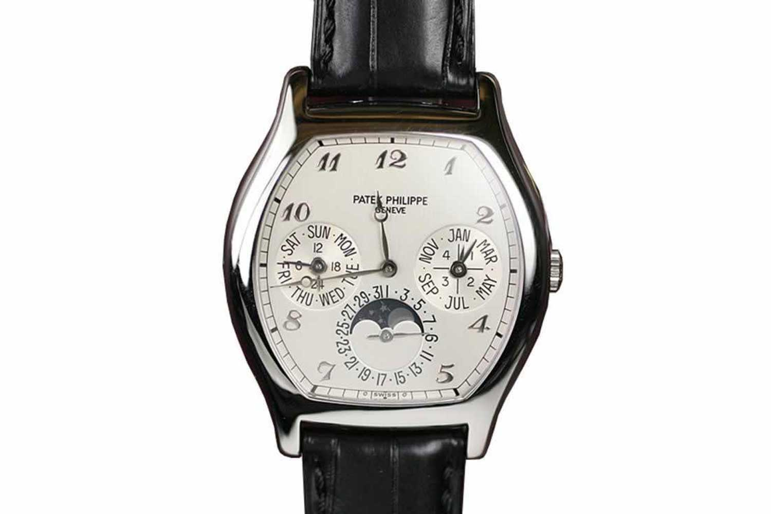 1992-?: Ref. 5040, Patek's first tonneau-shaped perpetual calendar