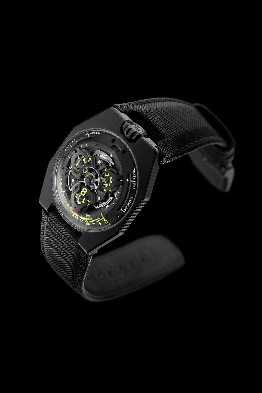 URWERK UR-100 SpaceTime Black