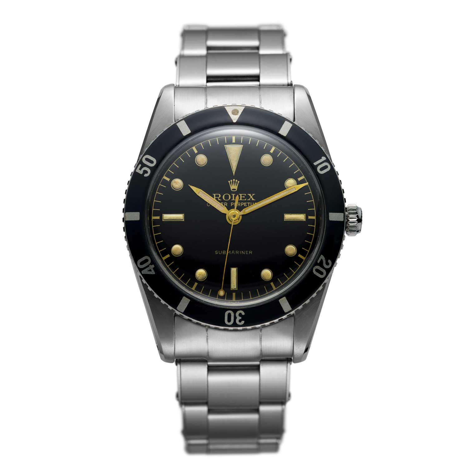 The Rolex Submariner from 1953 comes with curved end lugs that give the watch a look akin to that of an integrated timepiece