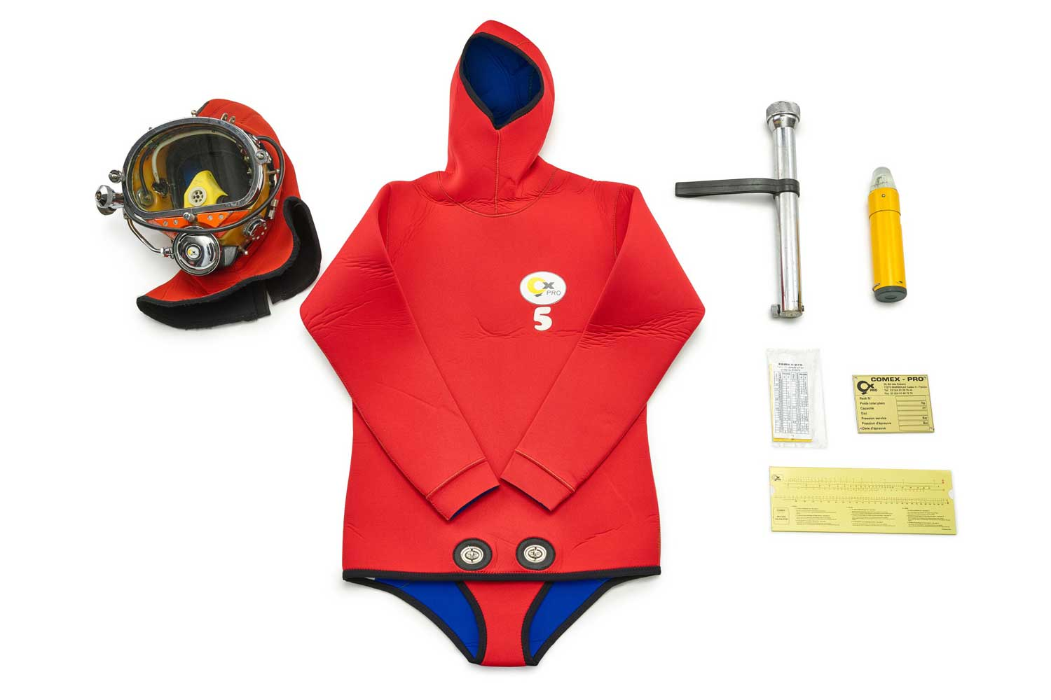 Lot 8141: COMEX - A very rare set of deepsea diving equipment, consists of a diving wet suit with intergrated hood, circa 1980; a COMEX injection molded diving mask with improved face seal, circa 1970; a heavy chrome metal diving flashlight, circa 1980 and a yello safety light, circa 1980