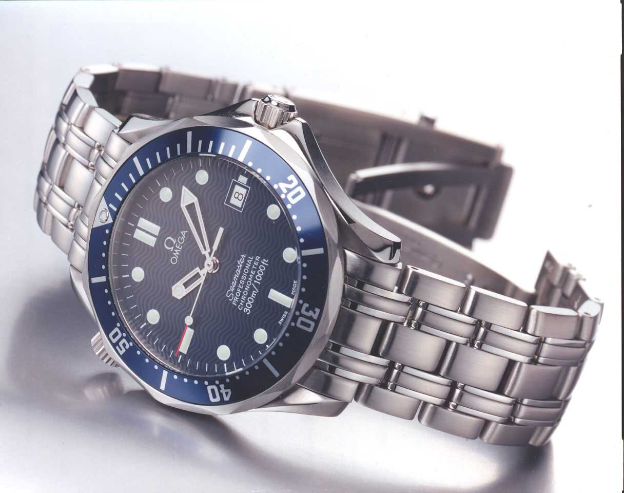 The version of the Seamaster Diver 300M that Bond wore in GoldenEye (1995), Tomorrow Never Dies (1997), The World is Not Enough (1999) and Die Another Day (2002)