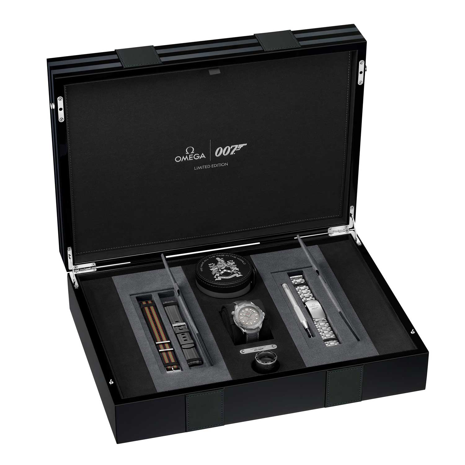 "Special case for the Seamaster Diver 300M ""James Bond"" Limited Edition Platinum"