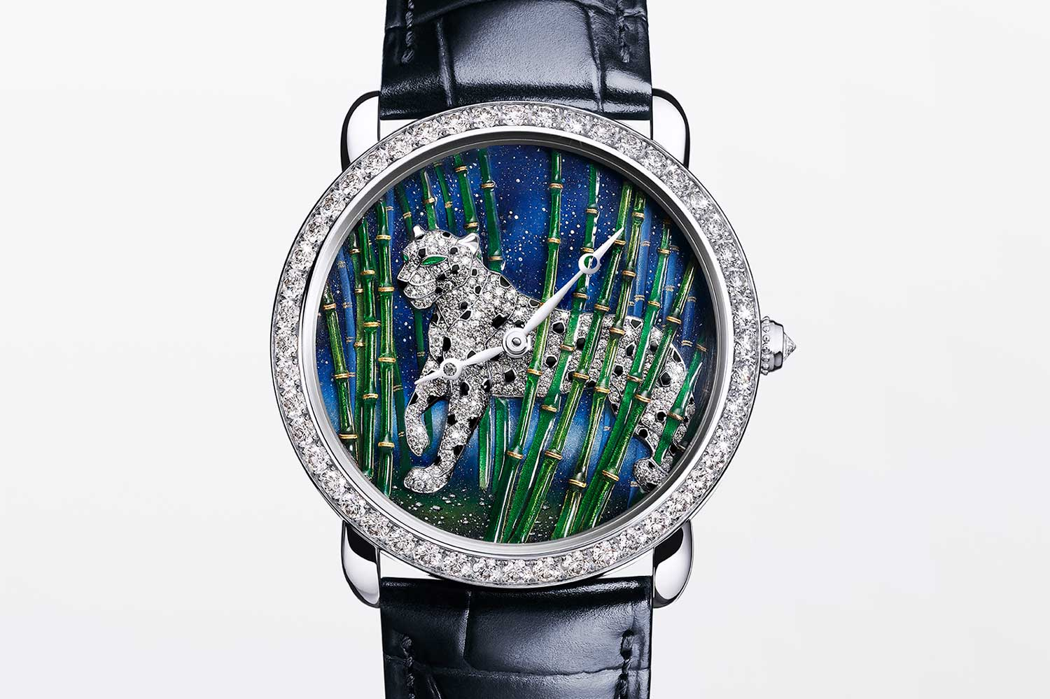 The Ronde Louis Cartier Enamel Filigree combines the techniques of enameling with gold filigree.