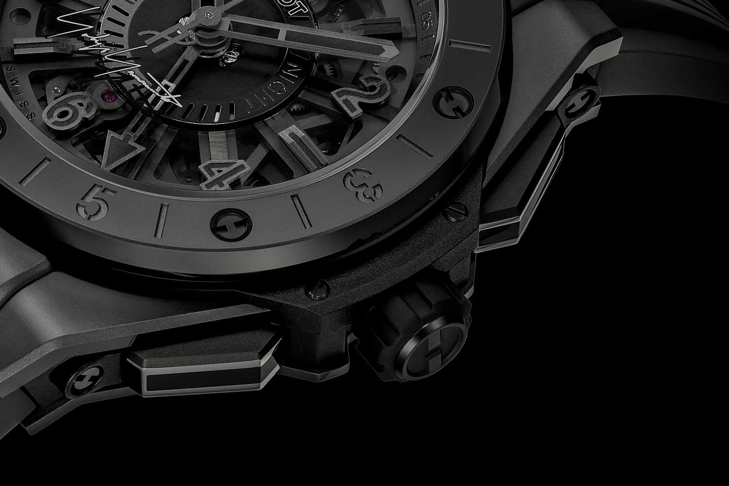 Pushers on the Hublot Big Bang GMT All Black Yohji Yamamoto