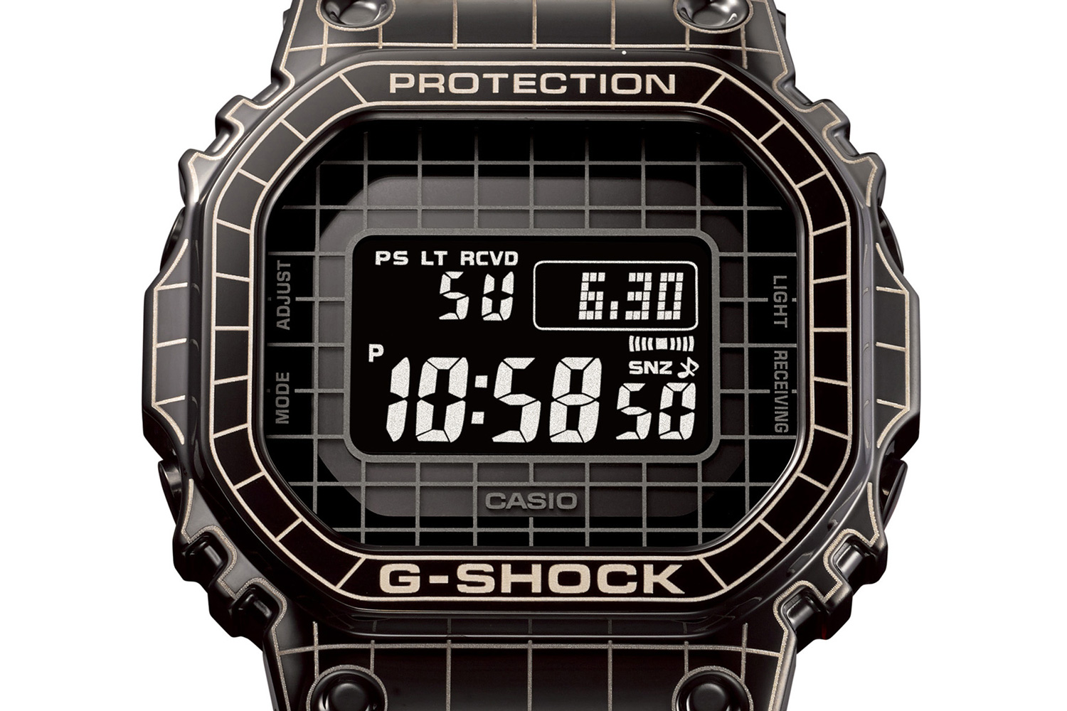 Laser etched grid design on the bezel of the Full Metal G-SHOCK GMW-B5000CS